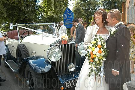 bride and groom before leaving, rolls royce, stephens of earlswood, st james the great shirley wedding photography & video