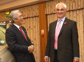 link to livegroup conference organisers - Alistair Darling MP then Dept of Transport talks to chief of Toyota at G8  -l NATIONAL MOTORCYCLE MUSEUM - nec birmingham - conference photography by john stephens photography and video - conference photography Birmingham 2006