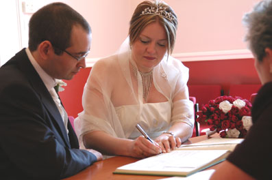stratford upon avon register office wedding photography and wedding video dvd
