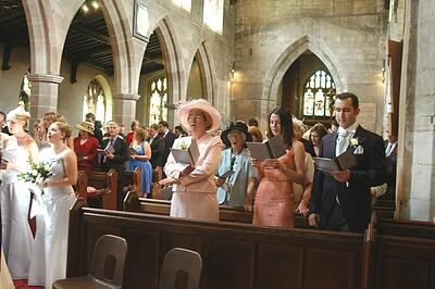 knowle parish church, knowle - singing, wedding photography