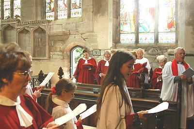 knowle parish church, knowle - choir sing