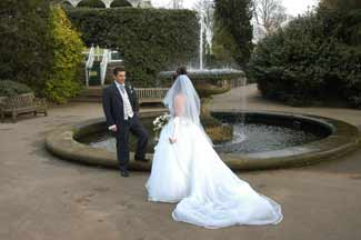 As Frequently Happens, Even When The Wedding Isnu0027t Held At The Botanical  Gardens, The Huge Lure Of This Photographic Location Means Couples Will  Often ...