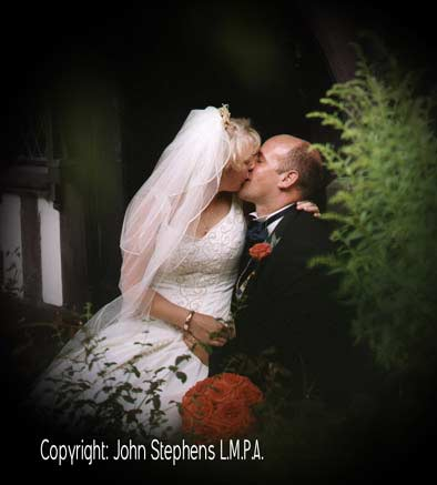 nailcote hall, kissing, wedding photography